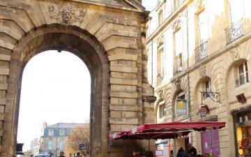 Porte Dijeaux, vestige du XVIIIe siècle