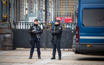 Photo de couverture - police
