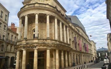 Cinéma Le Français - façade en pierre