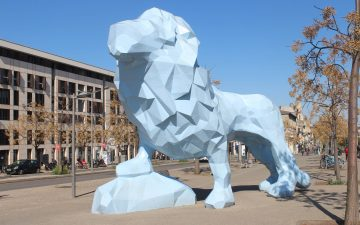 Place Stalingrad - Lion bleu