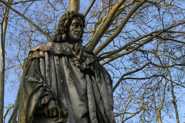 statue quinconces